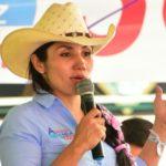 """""""Tenemos que mirar la salud como servicio social y no como negocio"""": Amanda González"""