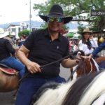 Apareció 'Jhon Calzones' en las Fiestas de Aguazul