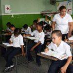Recursos para educación disminuyen cada año según Gobierno Nacional