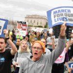Jóvenes estadounidenses marcharon para pedir restricciones más efectivas a la venta de armas