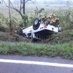 Camioneta sufrió volcamiento por esquivar un caballo en Sabanalarga